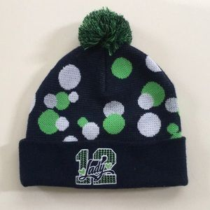 Accessories - SEAHAWKS pompon beanie